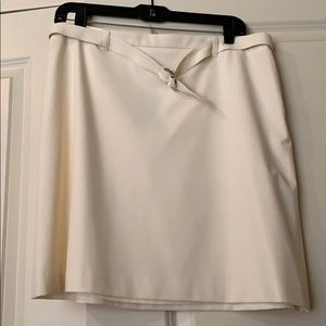 Cream stretch skirt Limited. Size 12 w/ tags!